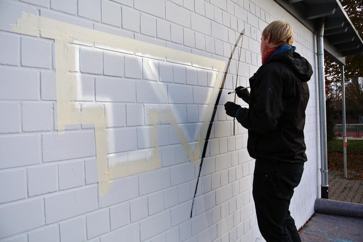 Der Turnverein Nellingen 1893 e. V. beauftragte die Agentur Graffiti-Stuttgart.de das TVN Sportvereins Logo auf die Fassade eines ihrer Vereinshäuser anzubringen.