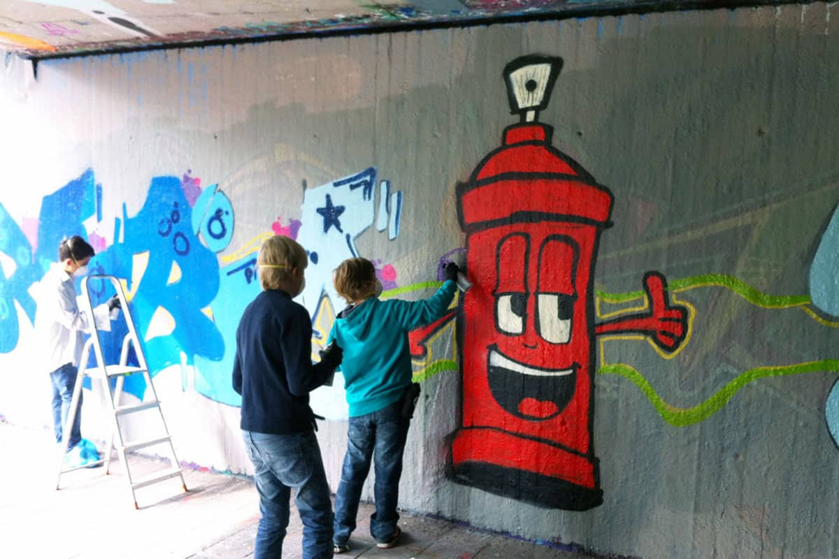 graffiti stuttgart graffiti kindergeburtstag workshop. Black Bedroom Furniture Sets. Home Design Ideas