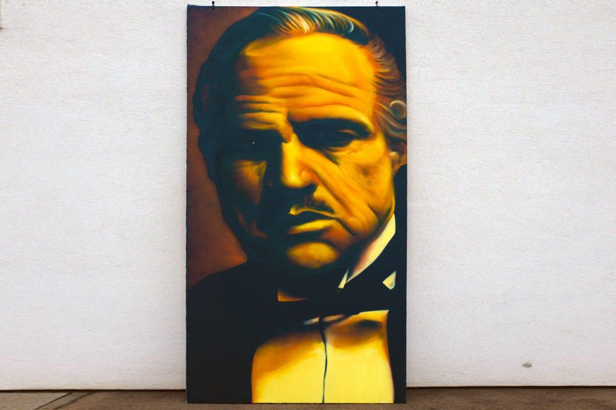 Peter hat 7 Leinwände mit Portäts von Hollywood Stars angefertigt. Die Graffiti Leinwandgestaltung zeigt einige Schauspieler Legenden