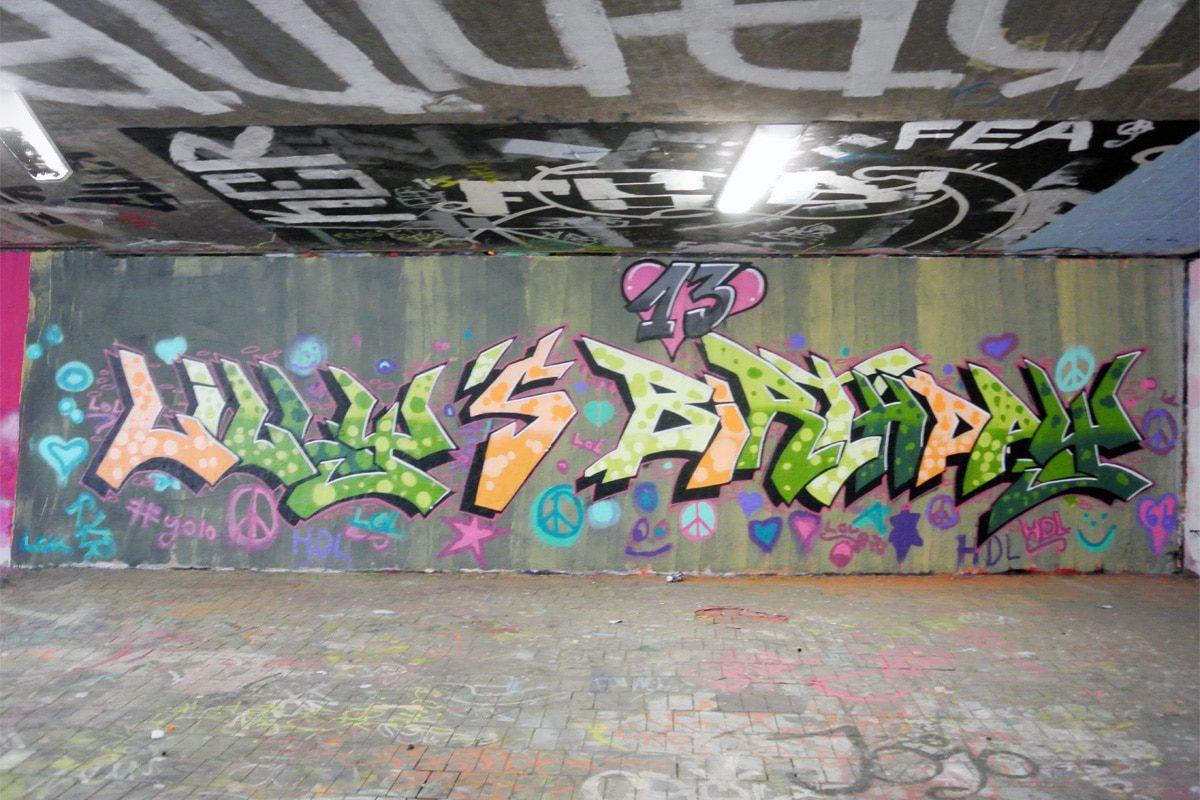 zum 13. Geburtstag von Lilly haben wir von Graffiti Stuttgart mit Ihr und Ihren Gästen einen coolen Graffiti Kindergeburtstag gefeiert.