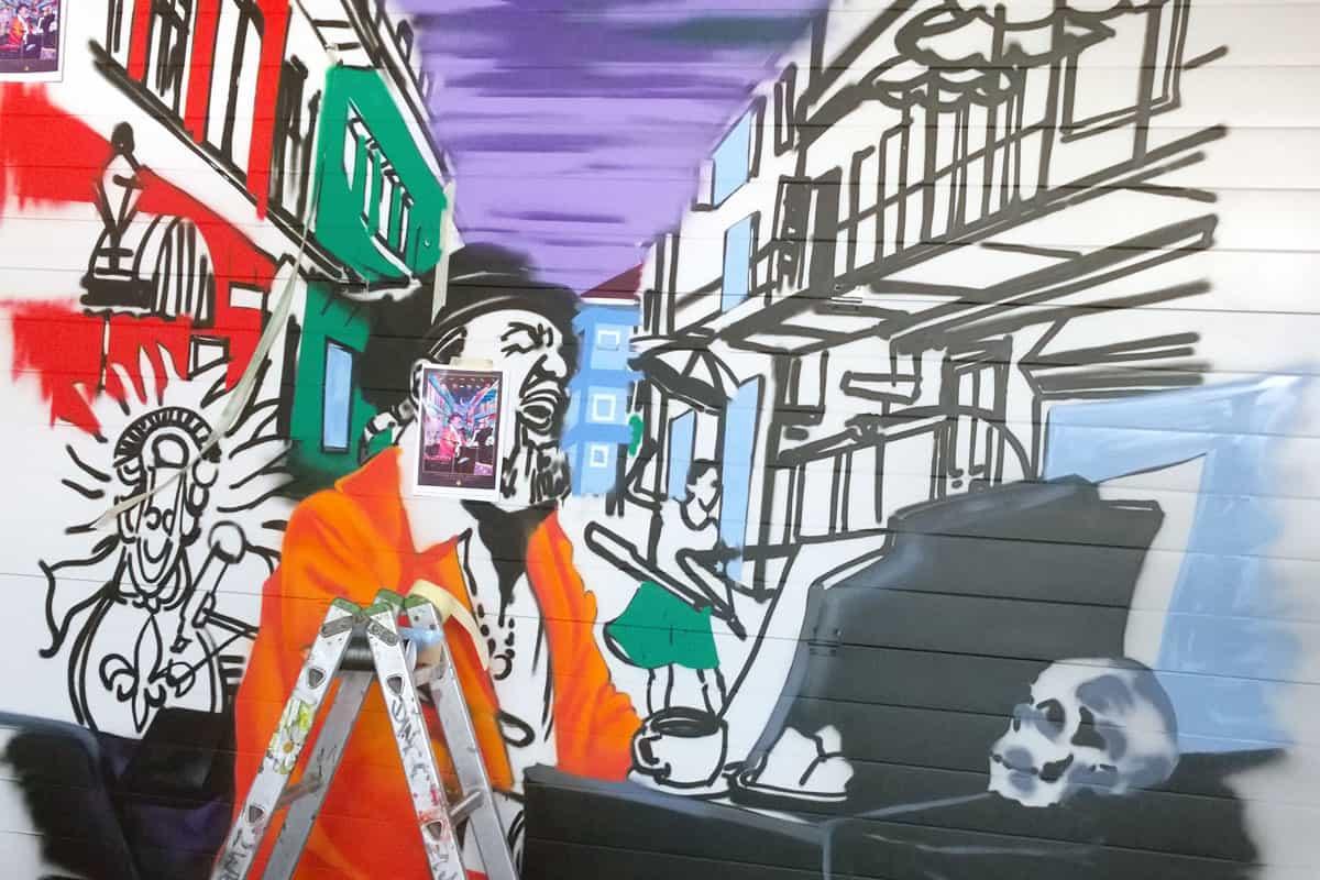 Wir wurden von unserem Kunden aus Tiefenbronn nähe Pforzheim beauftragt in seiner Amerikahalle ein Graffiti zu gestalten.