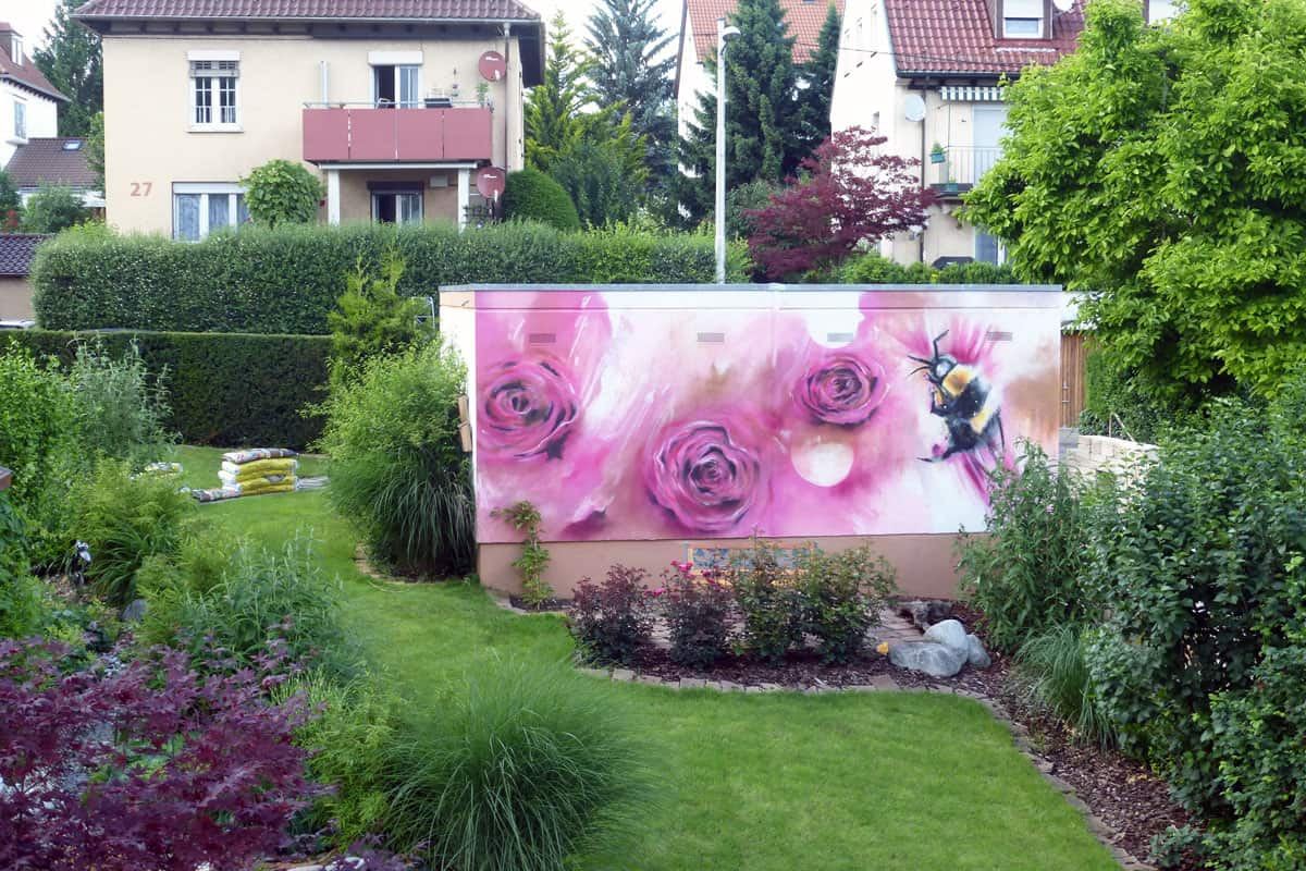 graffiti stuttgart gartenmauer. Black Bedroom Furniture Sets. Home Design Ideas