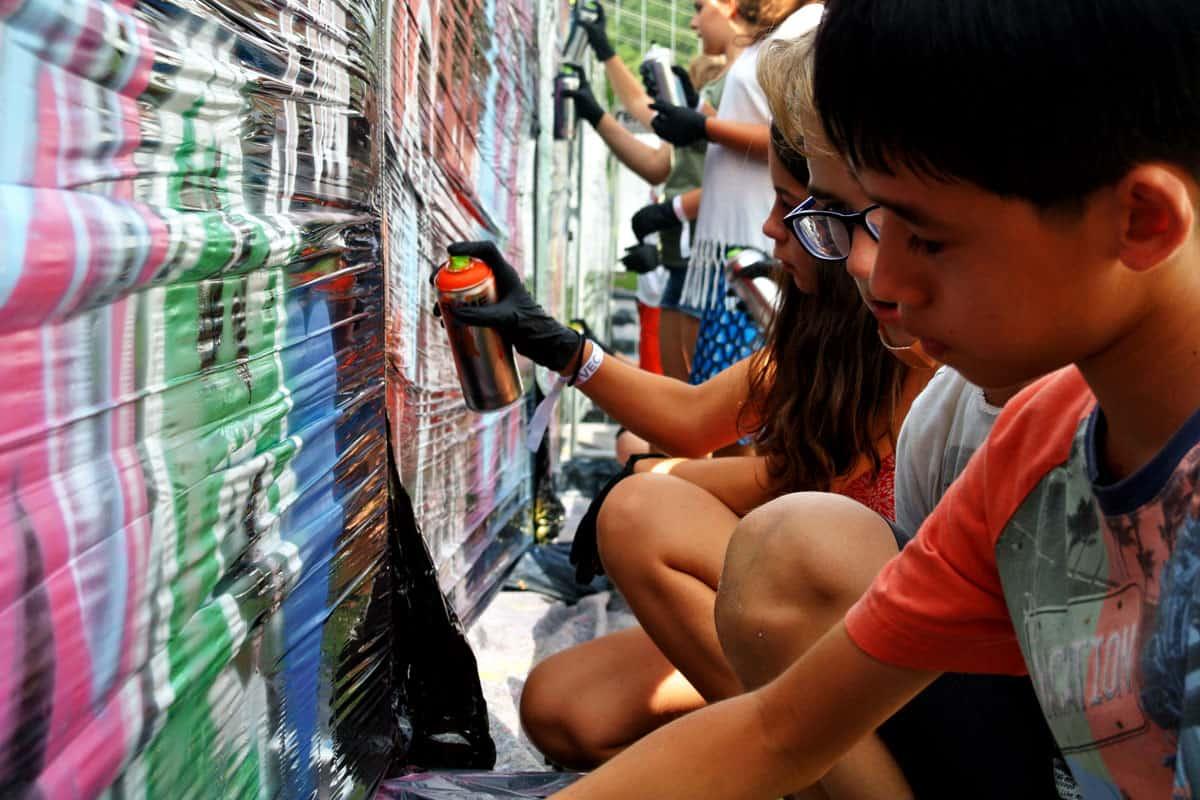 Graffiti Firmenevent Vector Sommerfest 2017! Beim Sommerfest der Vector Informatik, hatten wir mit den Gästen eine coole Graffiti Malaktion