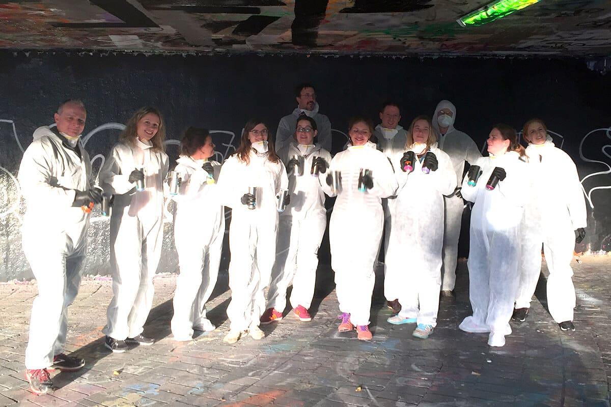 Teambuilding Workshop mal anders! Die Buchhaltungsabteilung der Firma ENBW aus Karlsruhe haben sich dieses Jahr für eine Graffiti Mitmachmalaktion entschieden.