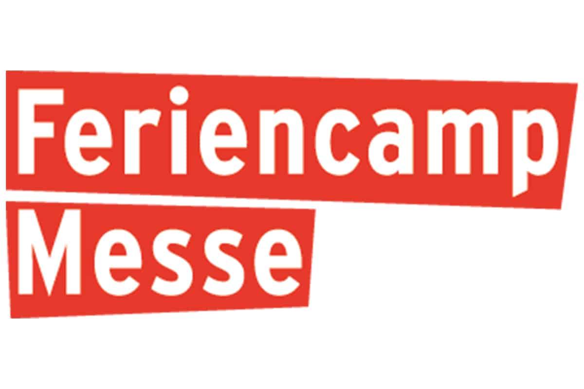 FERIENCAMP MESSE Stuttgart 01.02.2020 Erlebnisreicher Messetag Am Samstag, 01.02.2020, starten um 10:30 Uhr in einen spannenden Tag voller Action im Stuttgarter Rathaus! Seid gespannt auf tolle Aktionen wie Slacklining, Tischkicker, Graffiti Workshops, Carrera-Bahn-Rennen und vieles mehr. Der Tag wird ein Erlebnis und darüber hinaus lässt es sich vor Ort hervorragend über tolle Ferien- & Urlaubsangebote informieren. Plant Eure Ferien - planen Sie Ihren Familienurlaub - auf der Feriencamp Messe Stuttgart 2020. Was auf den bisherigen sechs Messen los war, finden Sie hier.