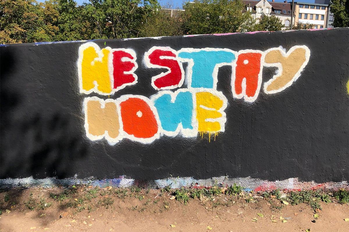 Der Graffiti Workshop Stuttgart Sommerferien #2 2020 war wieder ein kreativeres Wochenende! Zusammen haben wir geplant,gezeichnet und gesprüht.
