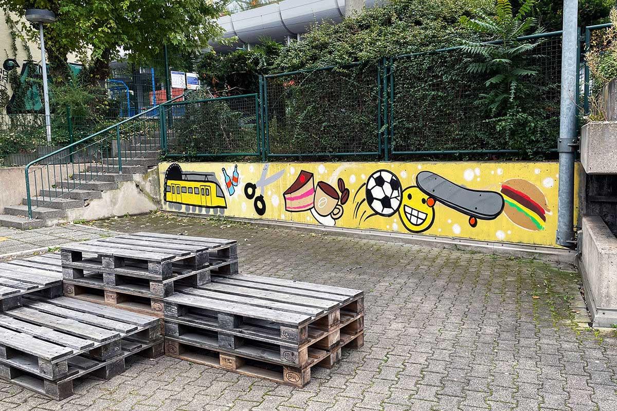 Für die EnBW haben wir in Rahmen des Projektes Stöckach 27 eine Graffiti Kreativwerkstatt mit den Schülern der Berger Schule umgesetzt.